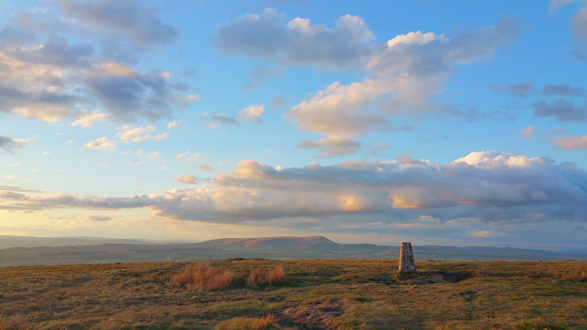 Sunset walk up Great Hameldon