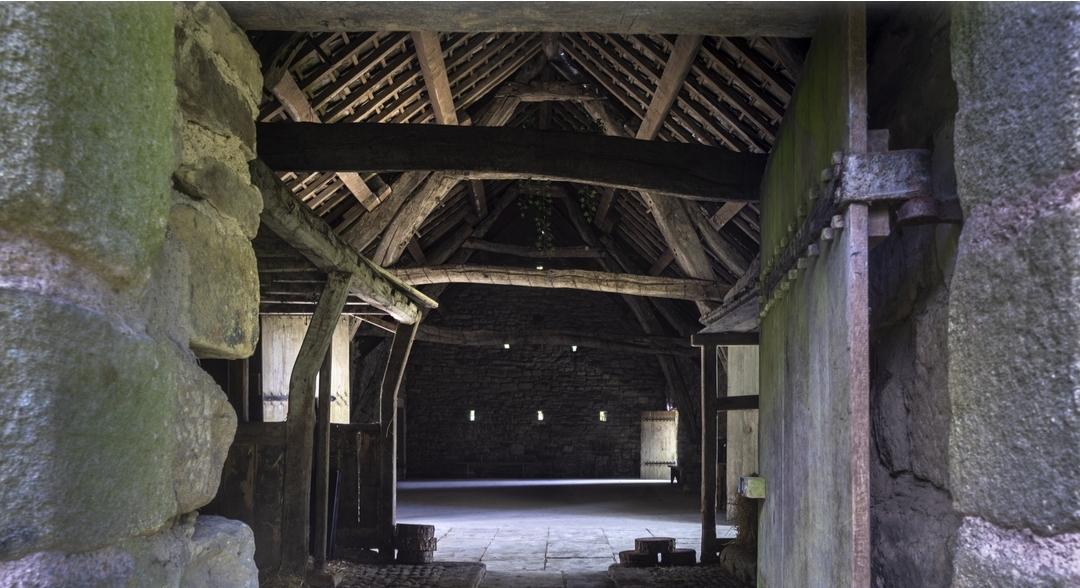 In Praise of Shadows: The Cruck Barn at Barrowford | Sideclick